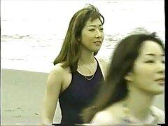Padrona e servi dormono sul tavolo video porno di sesso anale