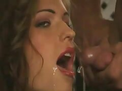 Gioco con la lingua film porno gratis anali