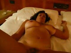 Ho messo un video sesso anale gratis vuoto sulla mia figa e lo prendo nel buco del culo