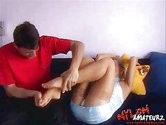Lesbiche carezze davanti alla video porno sesso anale telecamera sul balcone