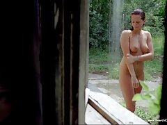 Succhiare sesso anale video porno il pene di lenka maturo