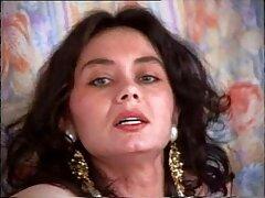 Sesso con una giovane ragazza sul divano video sesso anale amatoriale italiano di pelle