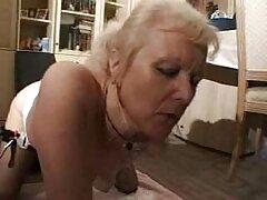 Portato anale film porno al pianerottolo e cialde