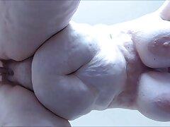 Galina flessibile posa film con sesso anale in studio