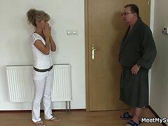 Il grasso è video porno sesso anale controllato il dottore accuratamente