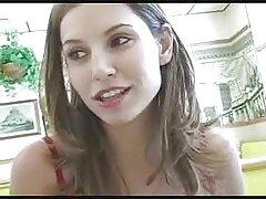 Slim sesso anale video porno ragazza accarezzando la mano