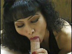 Ragazza con le trecce dà un amico nel sesso anale video porno culo