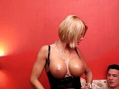 Melena Maria ha provato la biancheria, ha deciso di divertirsi un po' video porno sesso anale