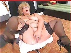 Bellezza obbediente dare nel culo, video porno penetrazione anale dopo l'attesa rigida