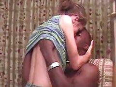 Anale con filmati di sesso anale una ragazza dai capelli lunghi nel golf