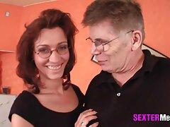Il primo bagno insieme hanno un partito del video sesso anale gratis sesso in un bagno