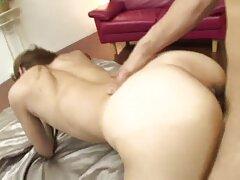 Bella scopata sul pavimento vicino porno anale gratuito al camino